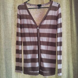 Rue 21 lightweight cardigan